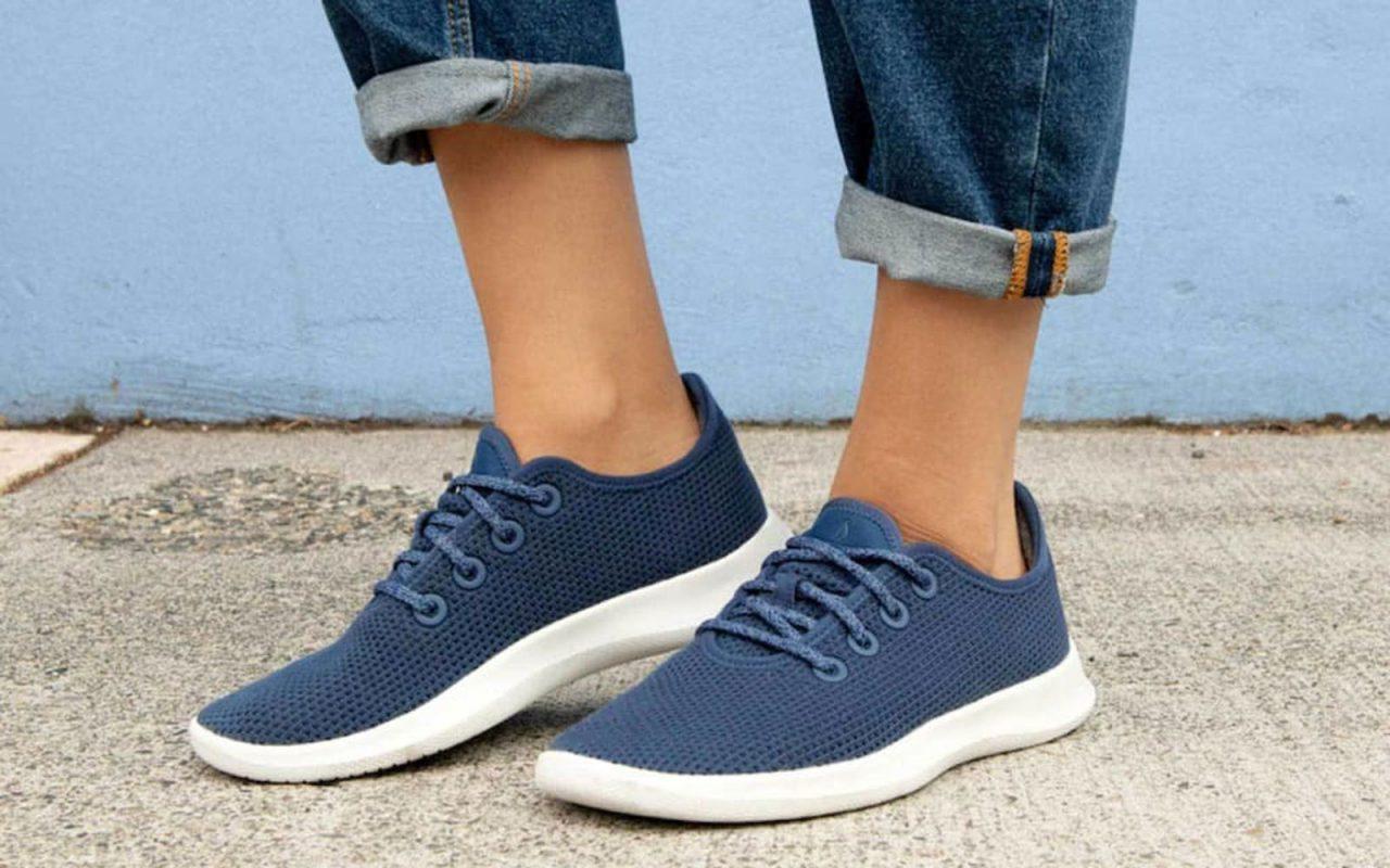 Chọn giày cho người đứng nhiều