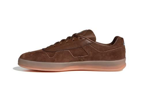 giày Adidas mới
