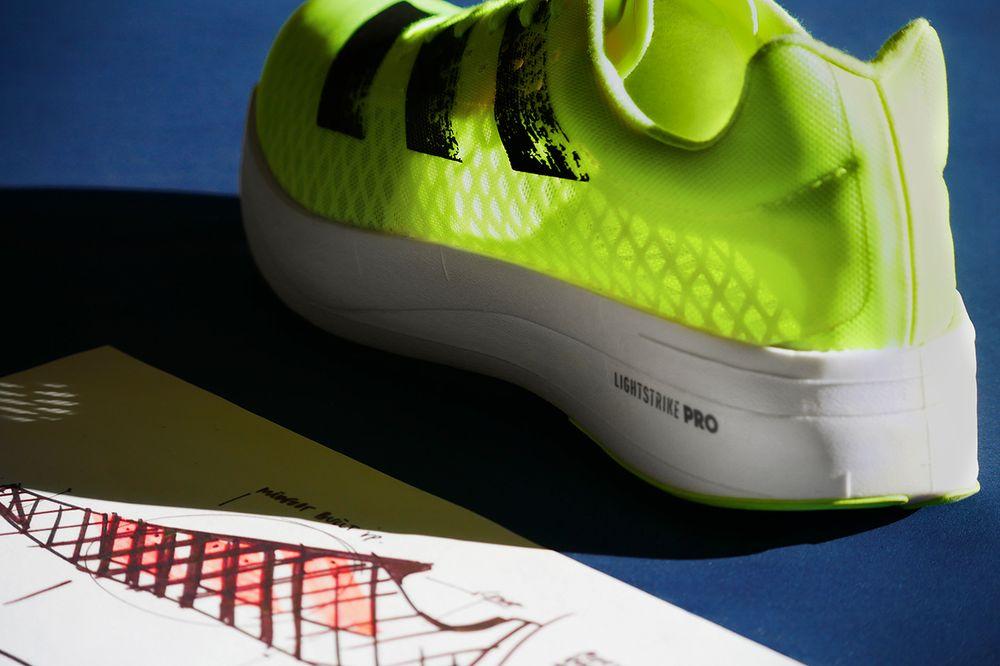 Hình ảnh này chưa có thuộc tính alt; tên tệp của nó là adidas-adizero-adios-pro-sunrise-bliss-4.jpg
