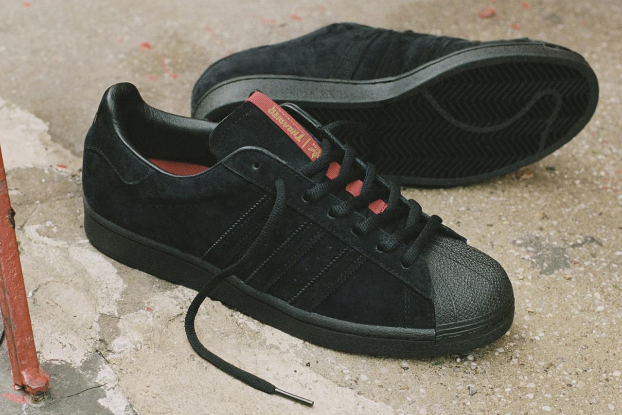 Hình ảnh này chưa có thuộc tính alt; tên tệp của nó là thrasher-adidas-originals-skateboarding-superstar-adv-tyshawn-jones-1-1.jpg